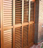 Persianas barcelona persianas con motor ventanas de - Puertas mallorquinas ...